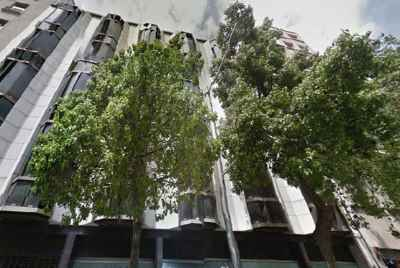 Residential building for sale in Barcelona in a exclusive tourist area